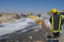 سقوط خزان غاز من شاحنة على كوبري الدهاس بالطائف