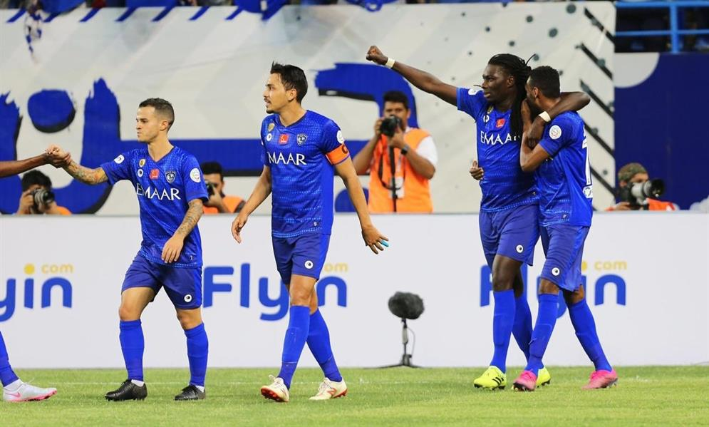 الهلال يفوز على أبها برباعية في أولى مبارياته في الدوري