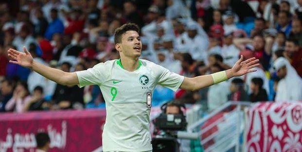 الأخضر يهزم قطر ويتأهل لنهائي خليجي 24