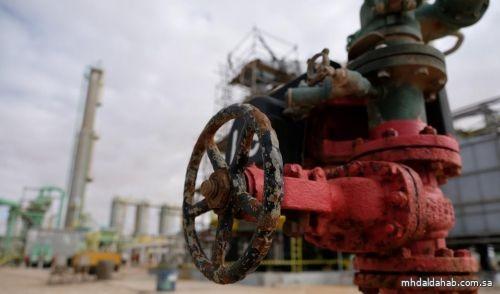 أسعار النفط تلامس أعلى مستوى في عدة أشهر