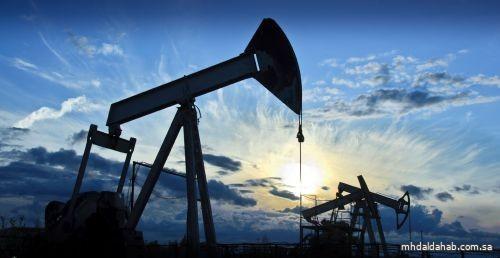 """النفط ينخفض.. و """"برنت"""" عند 61.08 دولاراً للبرميل"""