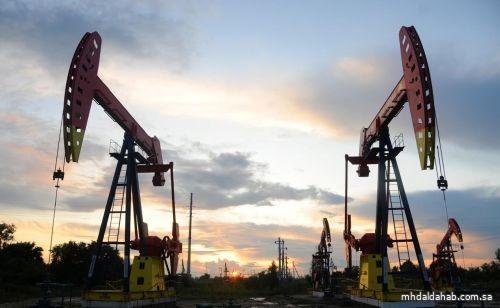 النفط يرتفع لقمة 4 أسابيع بفضل بيانات قوية من الصين وانتعاش الطلب