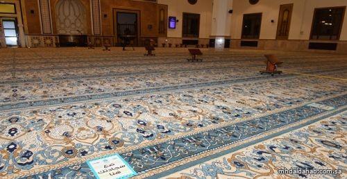 إغلاق 12 مسجداً مؤقتاً في 6 مناطق بسبب كورونا