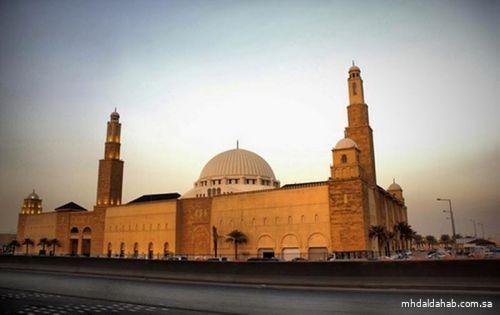 """""""الإفتاء"""" توضح الحكم في استعجال بعض المؤذنين بأذان المغرب"""