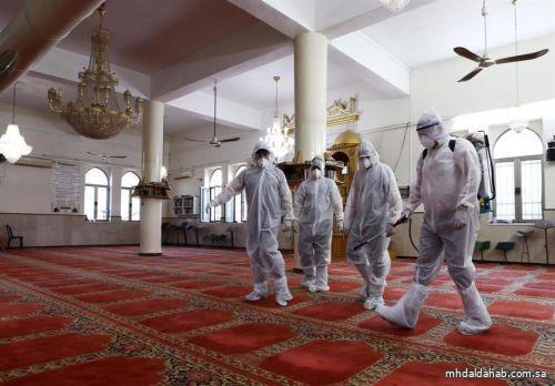 """الشؤون الإسلامية"""" تغلق 5 مساجد مؤقتاً في منطقتين لثبوت إصابات بكورونا بين المصلين"""
