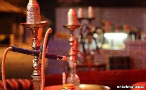 """السماح بعودة الشيشة والمعسلات للمقاهي واقتصار الدخول على المحصنين وفق الحالة في """"توكلنا"""""""