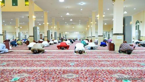 الشؤون الإسلامية تعيد افتتاح 9 مساجد بعد تعقيمها
