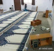 بالصور : مجهولون يخربون مسجدين ويمزقون المصاحف بالأحساء