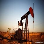 النفط يهبط دولارا للبرميل مع تهديد فيروس كورونا وسيول للطلب